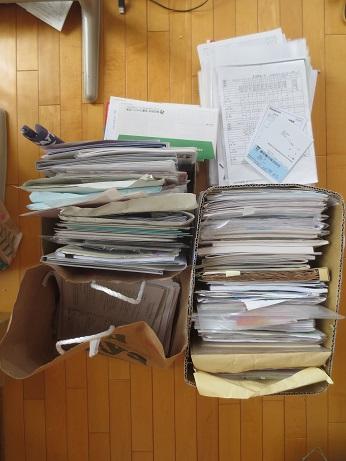 書類整理ビフォア