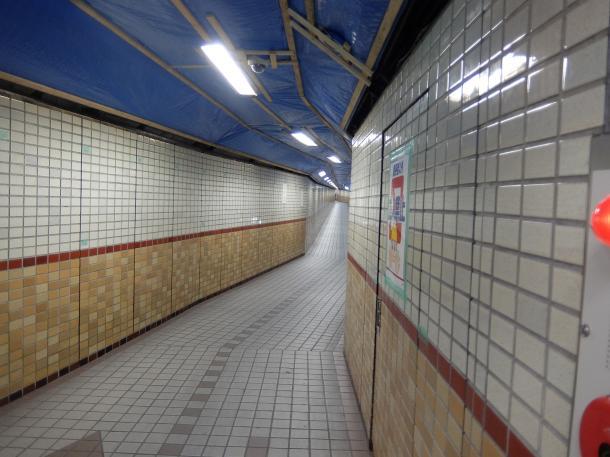 河底トンネル