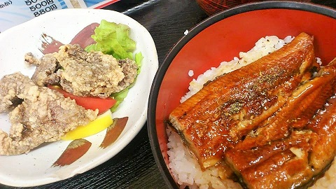 鰻丼と鯨竜田揚げ