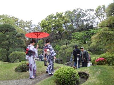 着物の似合う庭園