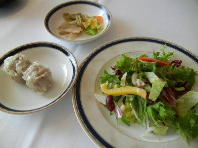 サラダとポーク焼売&香の物