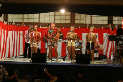 アフリカンゴスペルグループ『マレンボ』のLIVE! - 葉山下山口宵宮祭り2014
