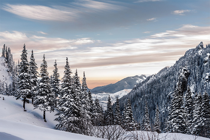 雪山700