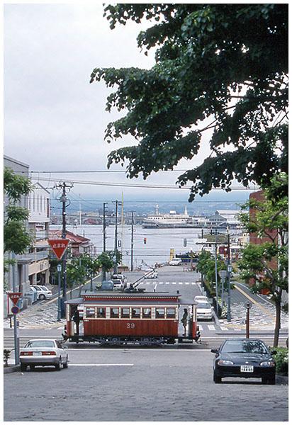函館トラムb01,6