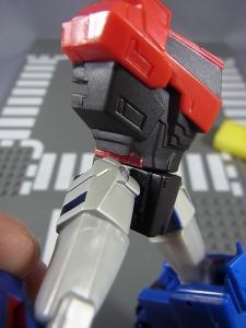 TF RID OPTIMUS PRIME 改造&アクション010