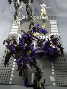 トランスフォーマー TAV ロックダウン軍団で遊ぼう024