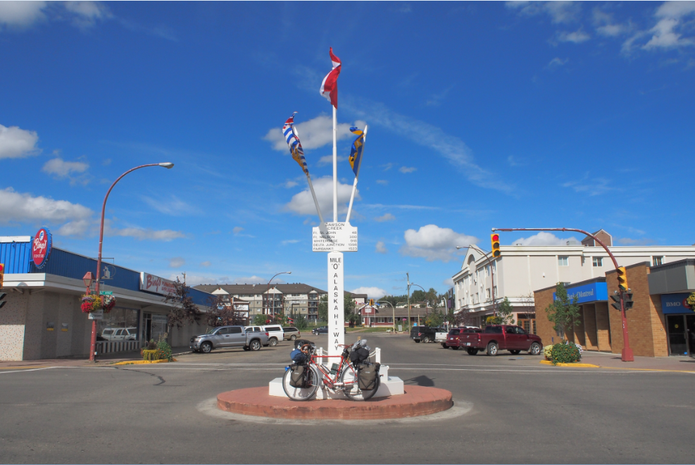 20150814アラスカハイウェイモニュメント1