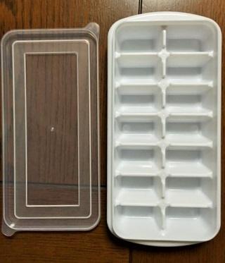 製氷皿で冷凍フルーツ3