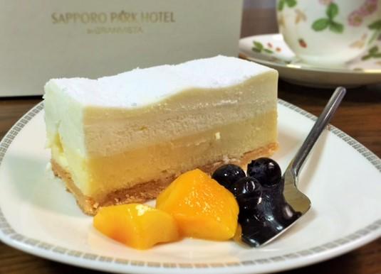 札幌パークホテル・ダブルチーズケーキ3