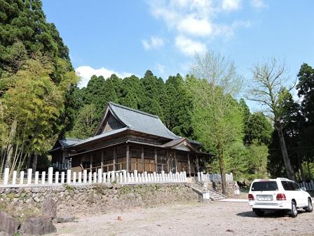 7鵜甘神社拝殿