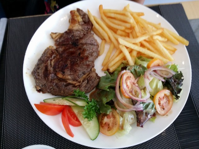 チャチャの選んだステーキ