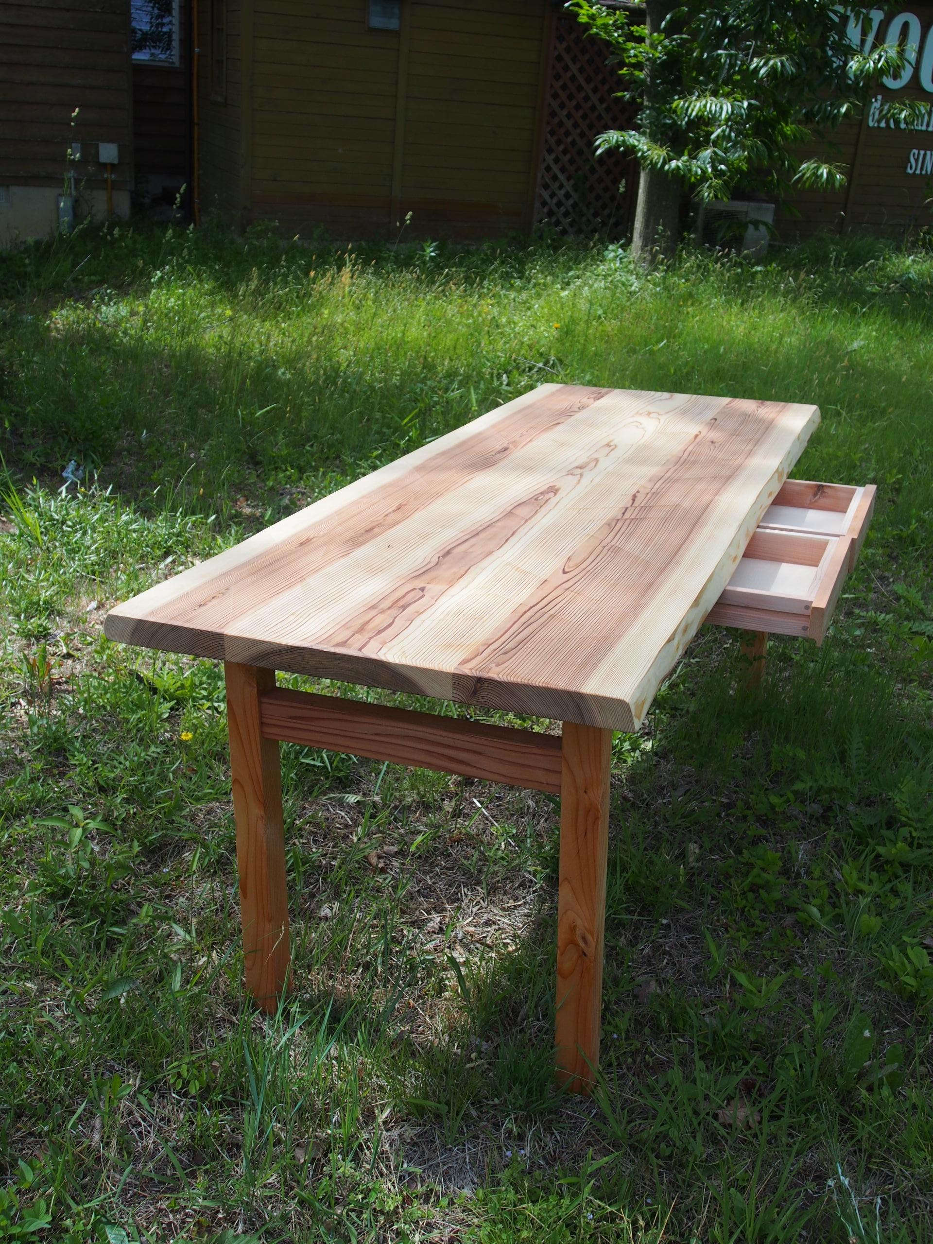 小林康文の杉ワークテーブル