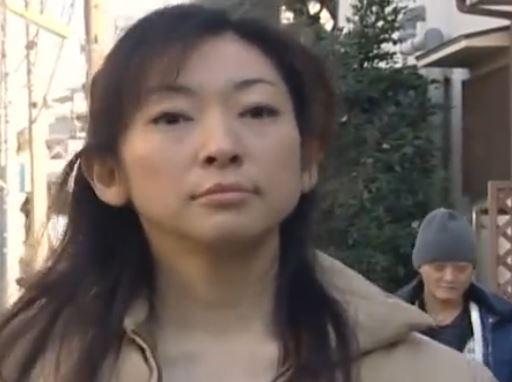 【ヘンリー塚本】団地妻の肉体を狙う変質者【人妻強姦】