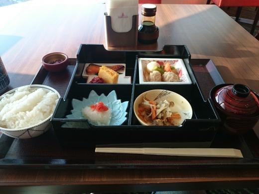 中野サンプラザ 朝食
