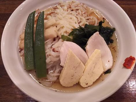 白冷やし麺