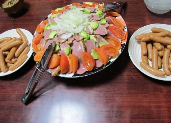 ボイルドソーセージ,合鴨燻製サラダ