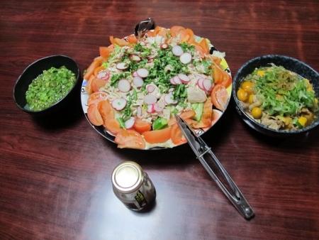 蒸し鶏サラダ,卵モツ,フキノトウの酢の物