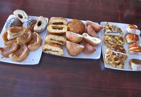 お昼ごパン