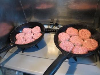 ひき肉2kgのハンバーグ