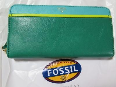 長島で買ったもの FOSSIL財布