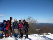 037岩茸石山山頂にて