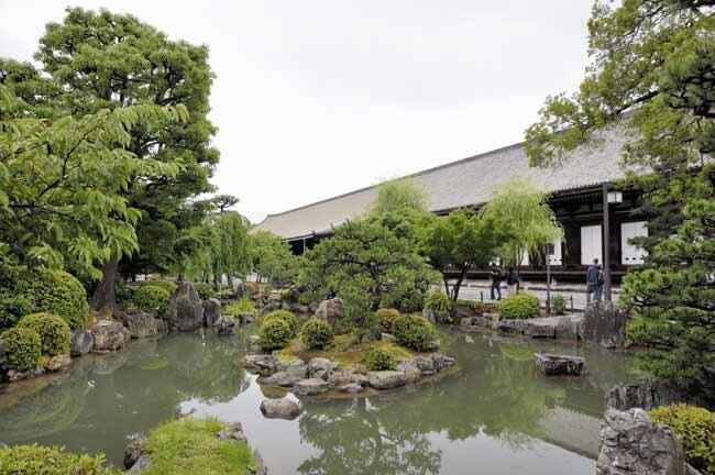 日本庭園って極楽浄土をイメージして作ったのでしょうか?