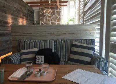 ロンハーマンカフェのソファ