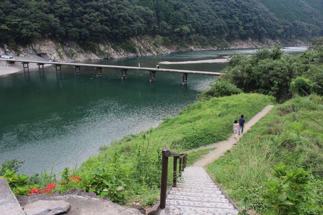 岩間沈下橋-2
