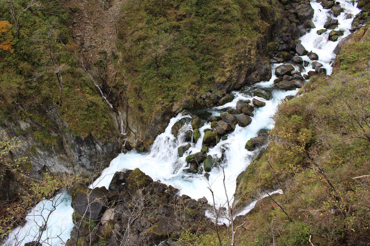 華厳の滝-16