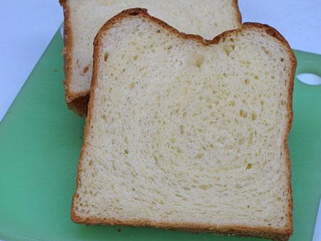 4月9日食パン