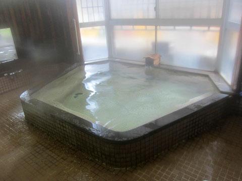 関川共同浴場 浴槽