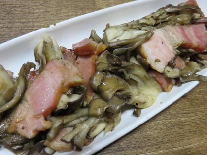 ベーコンと舞茸のガーリック炒め
