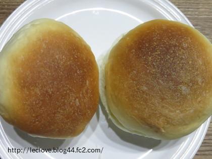 パンはこんな感じで焼けました