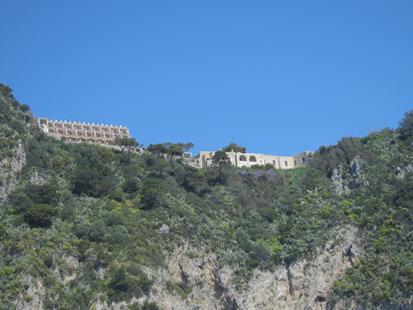 Capri-10.png