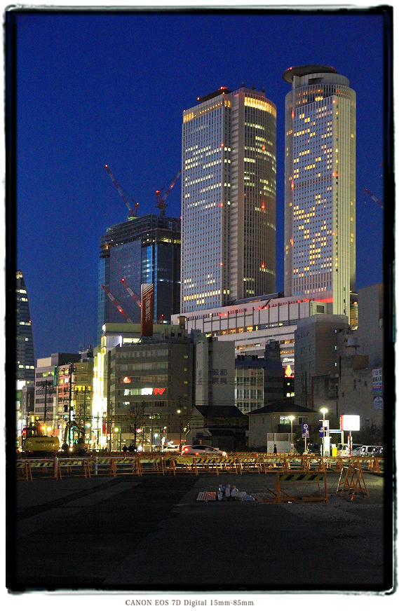 マックスバリュ太閤店からの名古屋駅夜景1502redevelop16.jpg