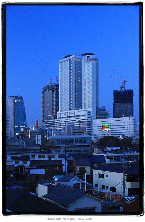 ささしまライブ駅から見た名古屋駅前再開発の超高層ビル群JRセントラルタワーズ1502redevelop18.jpg