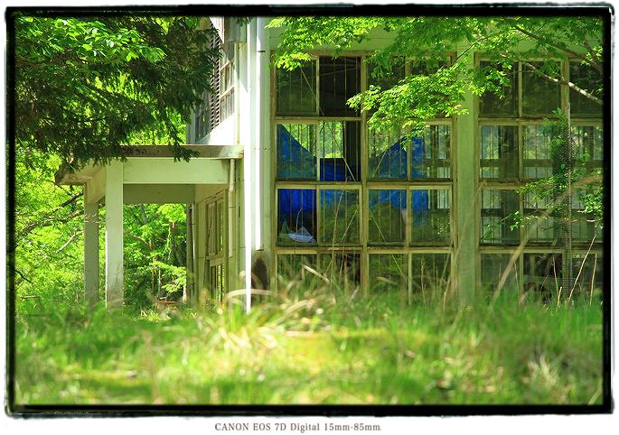 神子畑選鉱所廃校、神子畑小学校跡1505gw0409.jpg