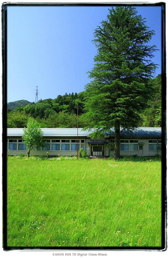 大井川の廃校1505ooigawa04.jpg