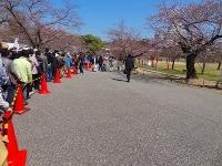 姫路城入場する列
