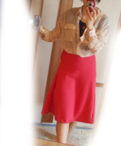スカート 赤