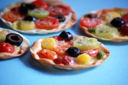 カラートマトのミニピザw