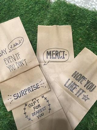 紙袋アート