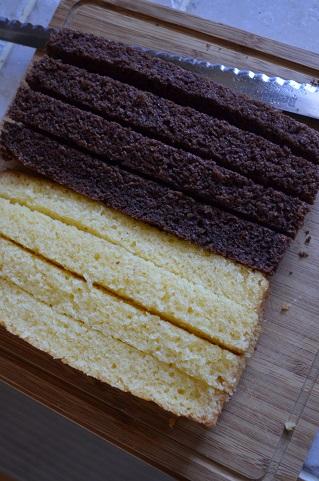 バレンタインダミエ柄ケーキ