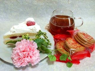 150510_3097「母の日」の苺ケーキVGA