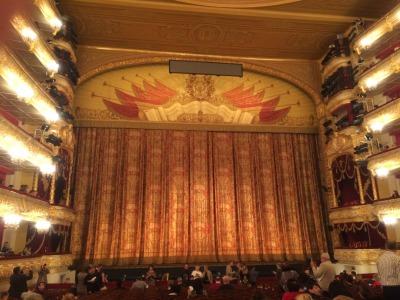 露_ボリショイ劇場の舞台