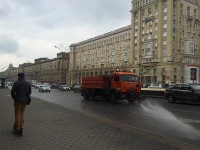 露_モスクワの道路は