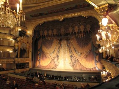 露_マリインスキー劇場の舞台