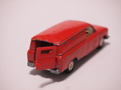 トミカ ハイラックス 郵便車