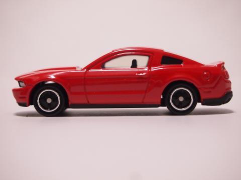 トミカ マスタングGT V8