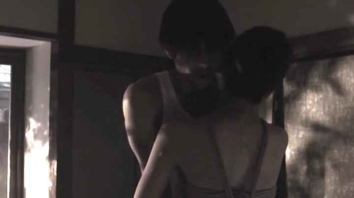 祥子【D坂の殺人事件】でヌードと濡れ場を披露!2回目、絡み7(明)